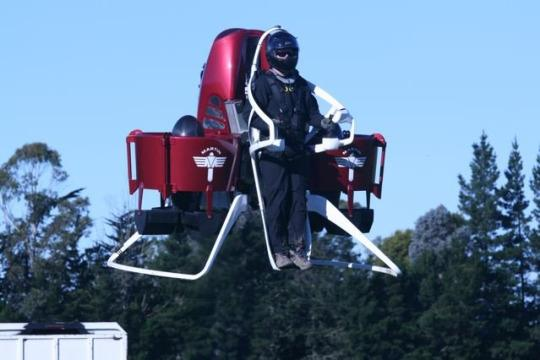 Jet Pack Travel Is About to Become a Reality
