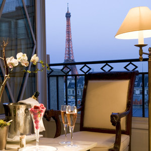 Last-Minute Spring Hotel Deals in Paris, DC, Napa Valley & More