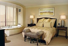 $21+: Upscale, All-Suite Las Vegas Hotel This Winter, Save 55%