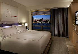 $299+: NYC: Suite at New, 5-Star Hotel Incl. Weekends, 45% Off