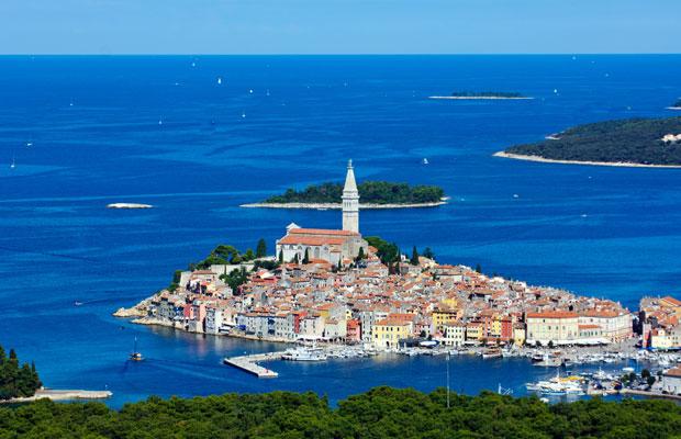 Shoulder Season: Enjoy Smaller Crowds in 5 European Cities