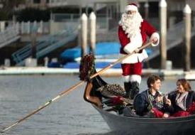 Gondolier Santa Sings Carols at Loews Coronado Bay Resort this Holiday