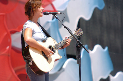 Sarah McLachlan Takes the Stage in JetBlue's Terminal 5