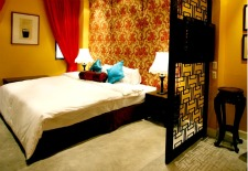 $123/Nt+: Bangkok Hotel Package w/Massages, Dinner, Tour & More