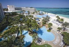 $90+: Sheraton Nassau Beach Resort, Plus $100 Credit, Free Slots, More