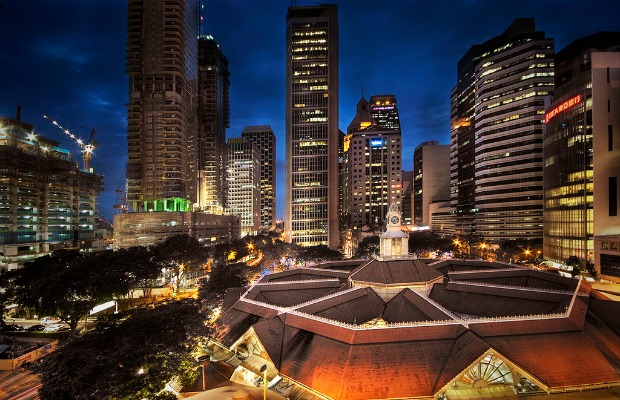 4 Ways to Enjoy a More Affordable Singapore