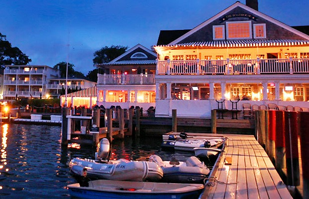 Foodie Friday: New England's 5 Coziest Waterfront Restaurants