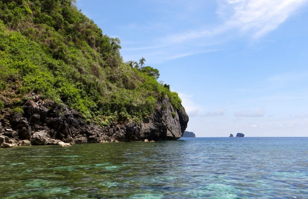 How to Experience the Philippines' Palawan Island on a Budget
