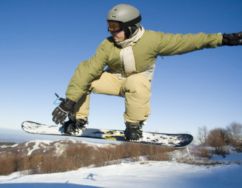 A Blizzard of Sweet Deals for Spring Skiing