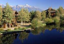 4-Nt Jackson Hole Ski Vacation w/Lift Tix & More from $87/PP Night