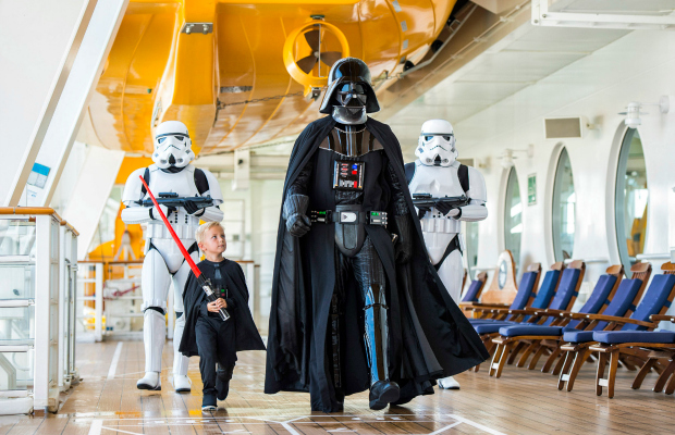 Cruise Tracker: Star Wars Day, A New Way to Use Credit, and More