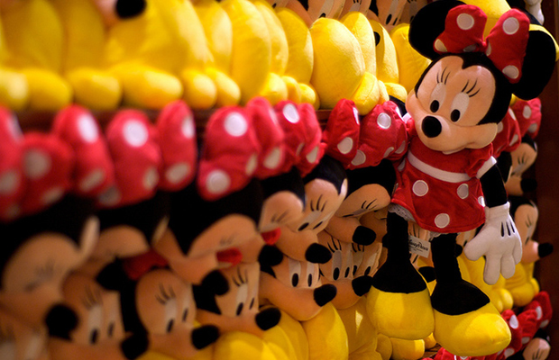 10 Pro Tips for Walt Disney World Souvenir Shopping