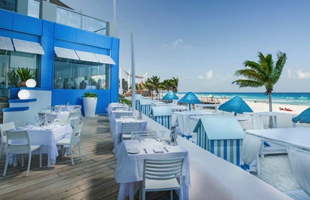 How to Get Your Money's Worth at All-Inclusive Resort Restaurants
