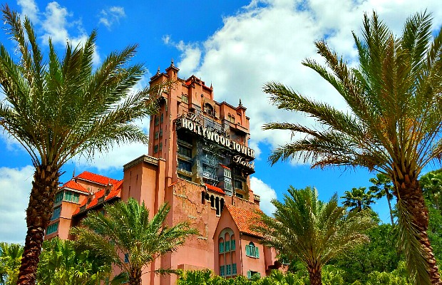 How to Save on Travel with Disney Membership Programs
