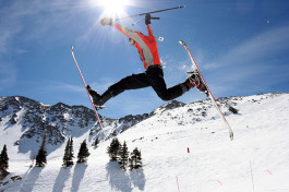 Kids Ski, Fly, and Stay Free in Colorado
