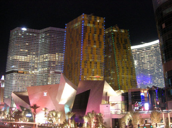 Lucky Rates at Lavish Vegas Newbie