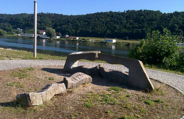 River Cruise Sightseeing: Free Outdoor Art Along the Danube