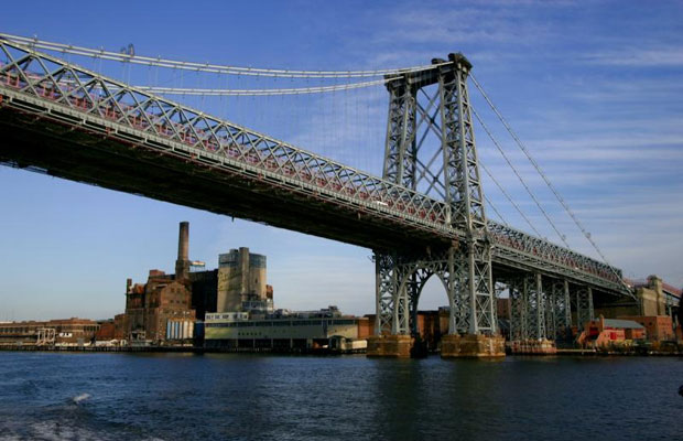 Visiting NYC? How to Make Brooklyn Your (Convenient, Cost-Effective) NYC Hub