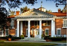 Exclusive South Carolina One-Night Getaway w/20% Off, Breakfast & More