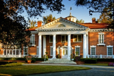5-Star Charleston-Area Inn Exclusive Package from $699